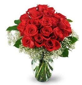 25 adet kırmızı gül cam vazoda  Uşak çiçek , çiçekçi , çiçekçilik