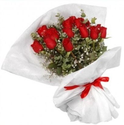 9 adet kırmızı gül buketi  Uşak çiçekçi mağazası