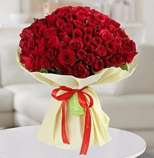 101 adet kırmızı gül buketi koca demet  Uşak internetten çiçek siparişi