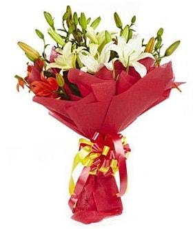5 dal kazanlanka lilyum buketi  Uşak çiçek gönderme sitemiz güvenlidir